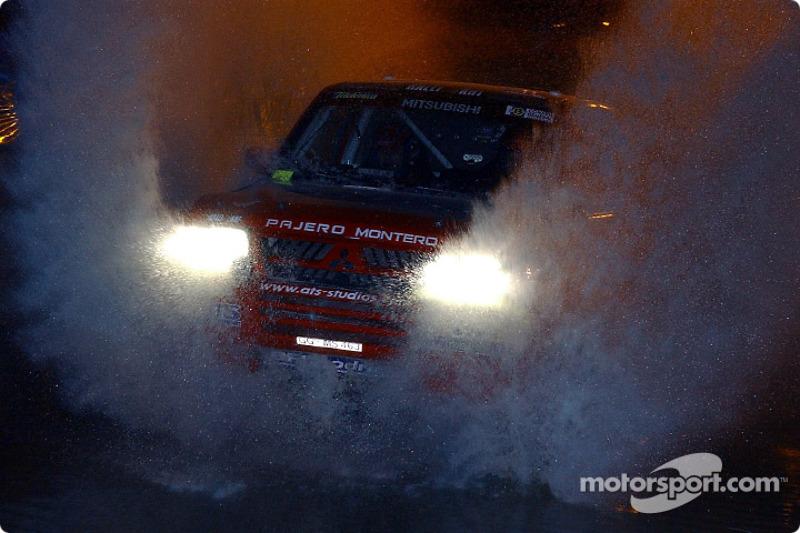 Dakar: Mitsubishi stage one report