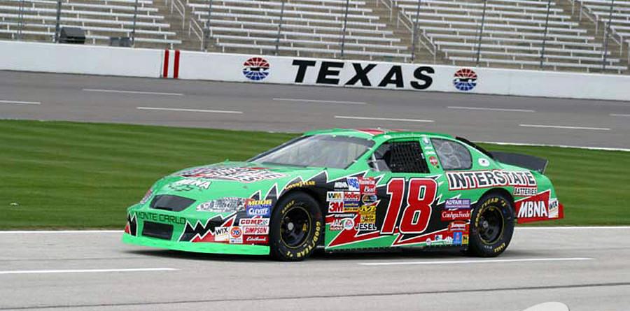 Texan Bobby Labonte lassos 23rd career pole