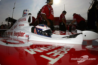 IRL: Scott Dixon takes Pole at Nazareth