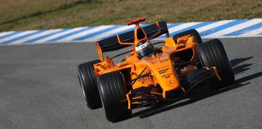De la Rosa leads Jerez day three