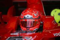 Schumacher takes over at Barcelona test