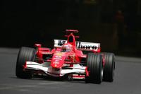 Schumacher tops last day at Barcelona