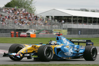Alonso heads Renault front row for Canadian GP