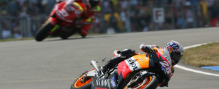 Pedrosa dominates British GP weekend