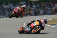 Pedrosa dominates British GP weekend