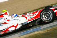 Davidson leads at Jerez test