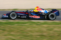 Coulthard surprises on last day at Barcelona