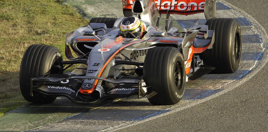 McLaren ends Jerez test on top