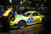 Porsches dominate Nurburgring with 12 hours to go