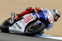 Lorenzo crashes but takes Laguna Seca pole