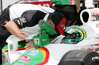 Kanaan makes his way into Indy field in final hour