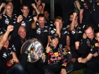 No need for KERS as Vettel strolls to Melbourne win