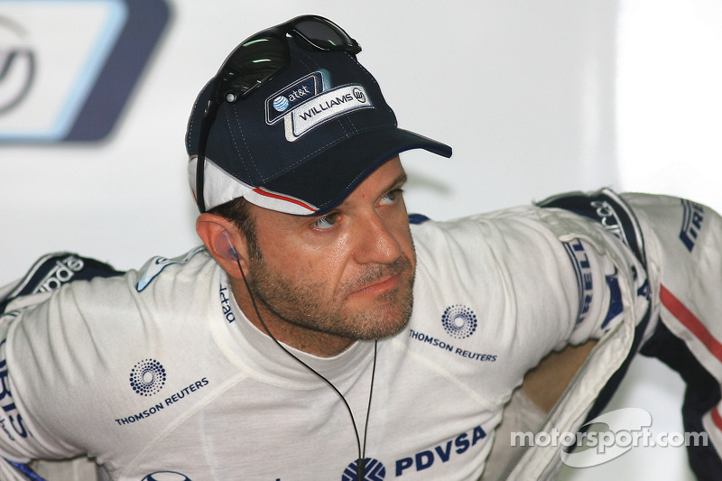 Barrichello reluctant to stay at Williams