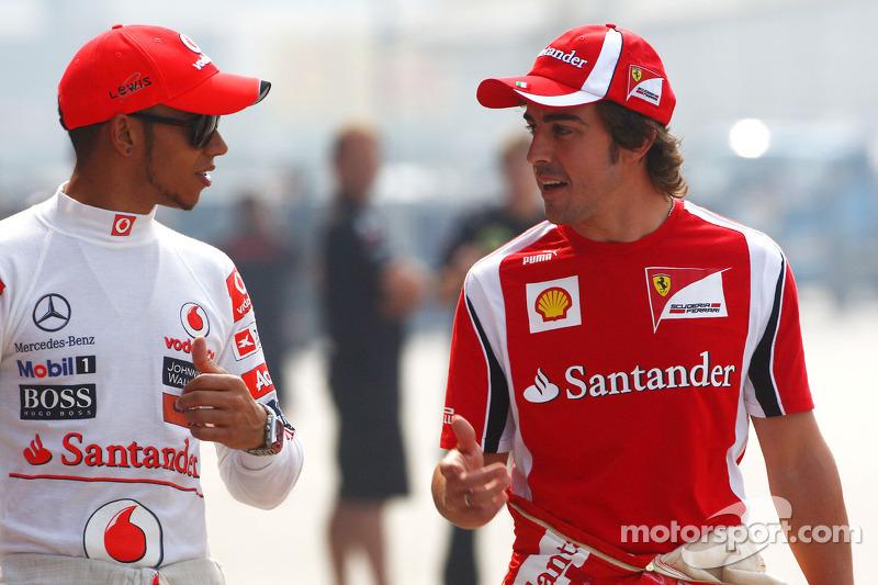 Ferrari and Hamilton flirt over future