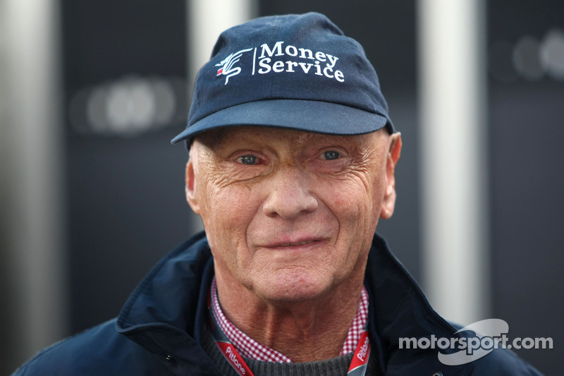 Lauda Ends Cap Deal With Sauber Sponsor