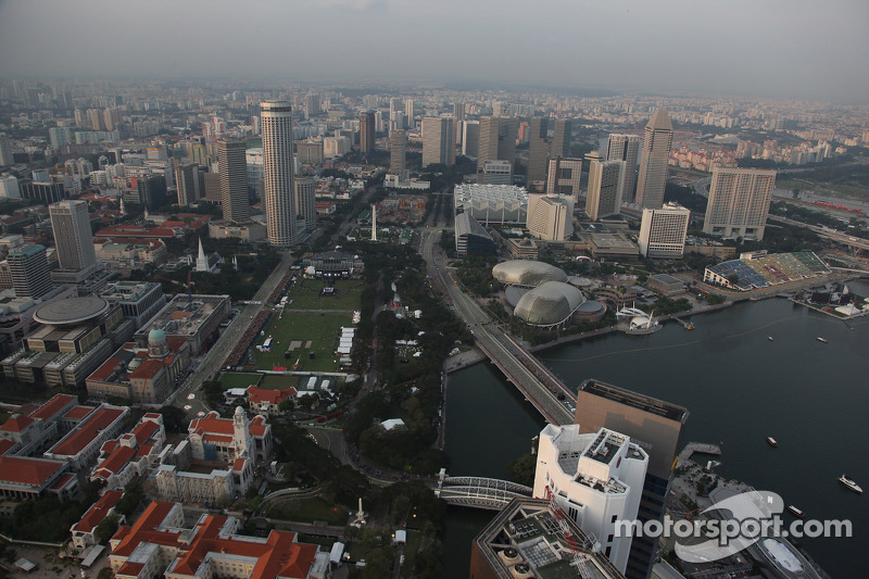 Singapore yet to agree new F1 deal beyond 2012
