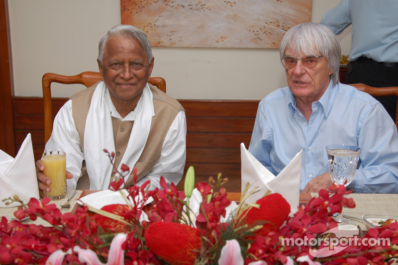 Ecclestone feared India Formual One debacle two weeks ago
