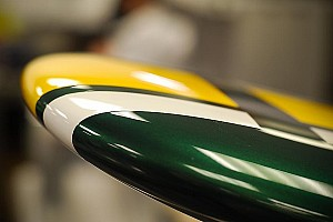 Formula 1 Fernandes' Caterham team unveils CT01