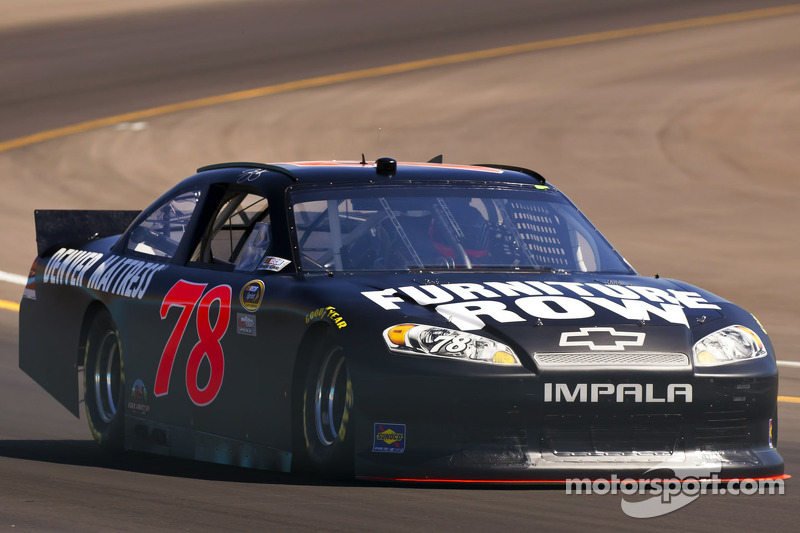 Smith settles for third in Phoenix qualifying