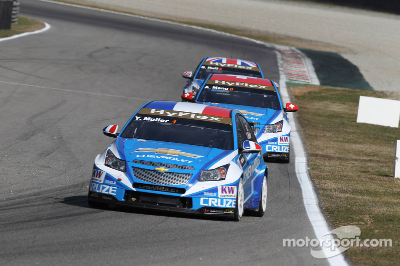 Chevrolet and Yvan Muller strike again
