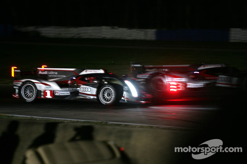 Crash at Sebring delays night practice