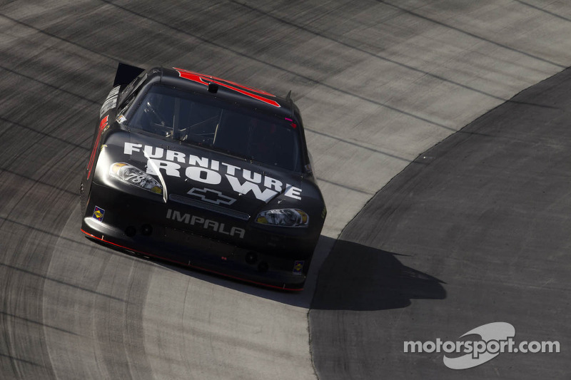 Regan  Smith perseveres after early contact at Bristol