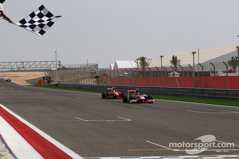 Rookie Dillmann sprints to maiden victory in Sakhir's final race