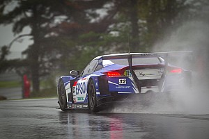 Super GT Nakayama hands EPSON HSV-010 pole on a very wet Fuji circuit