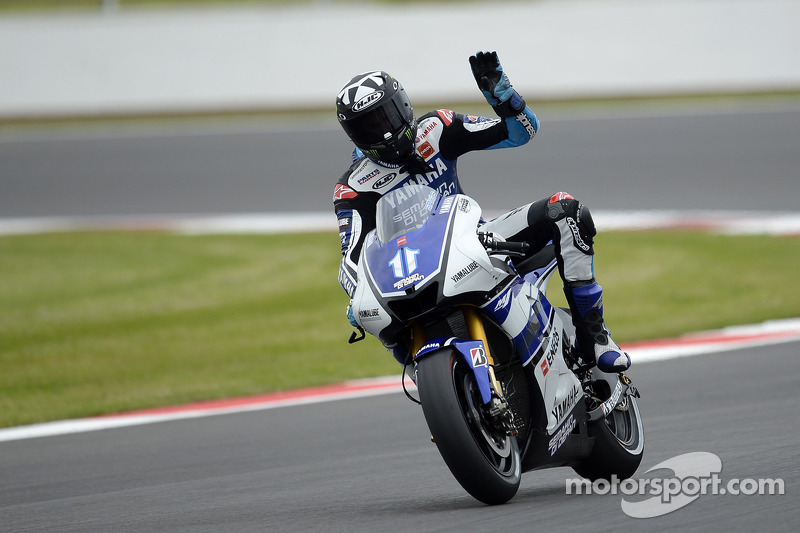 Spies sets fastest time during Assen free practice