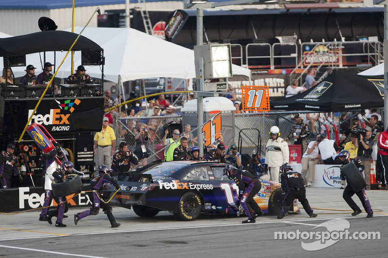 Denny Hamlin leads Toyota troops at Kentucky