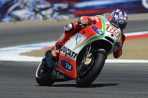 Hayden sixth at home race, crash for Rossi at Laguna Seca