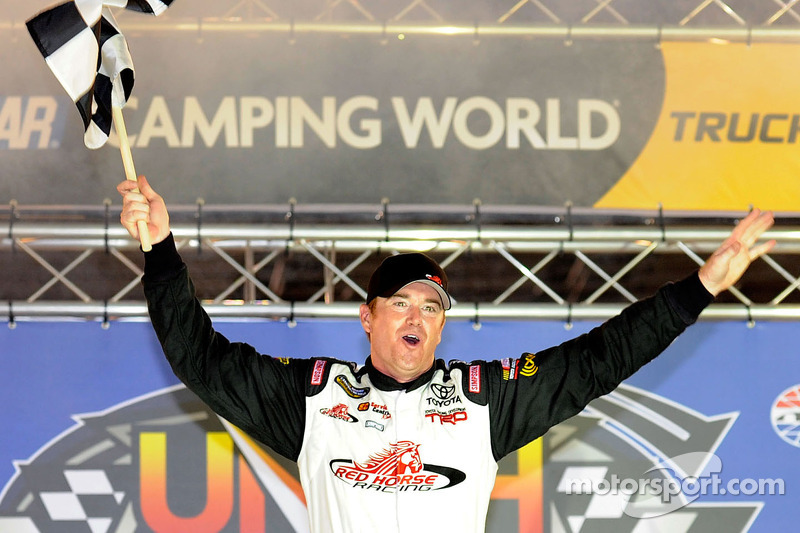 Timothy Peters dominates en route to Bristol win