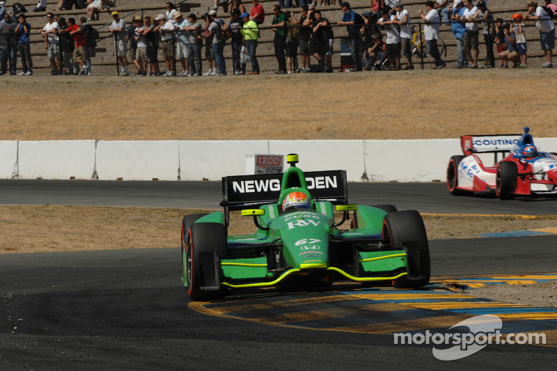 Newgarden injures finger in the GoPro Indy Grand Prix of Sonoma - video