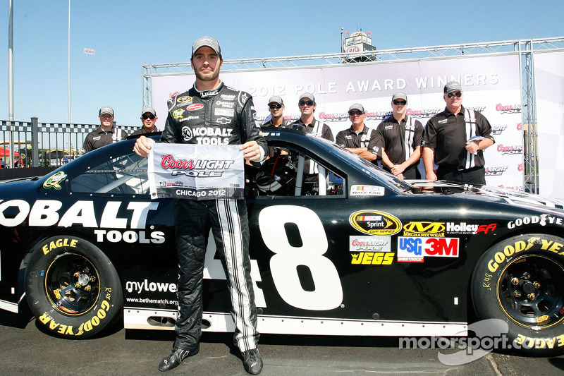 Johnson's pole ensures Chevrolet dominance at Chicagoland