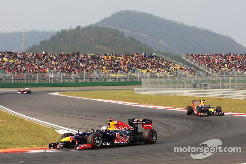 Vettel could join Ferrari for 'challenge' - Schumacher