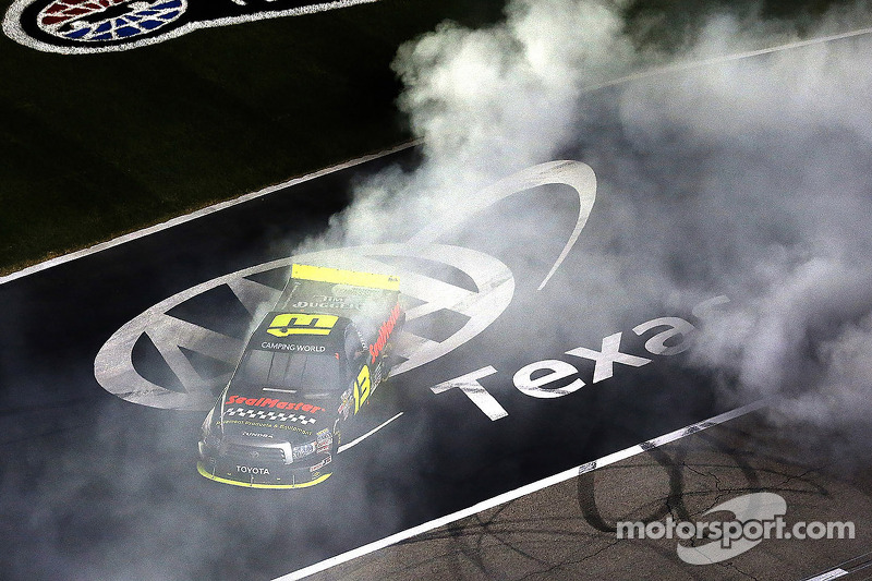 Sauter grabs Texas 350 victory in his ThorSport Racing Toyota