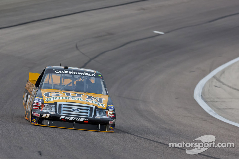 Jason White finishes 17th in Homestead finale, 11th in final points