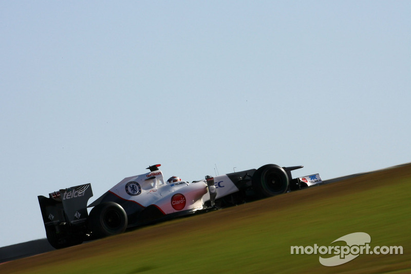 Sauber will attempt at Interlagos to reach fifth place in the constructors' championship