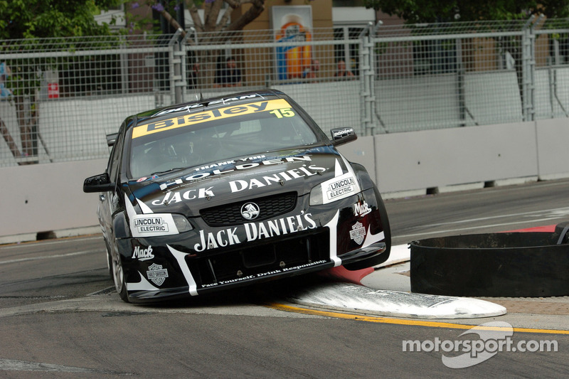 Kelly races to brilliant sixth at Homebush
