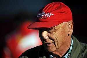 Lauda admires Red Bull's Marko