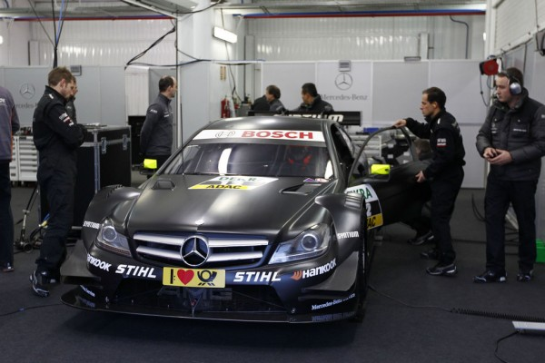 Robert Kubica first test for DTM at Valencia - video 