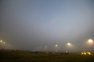 Fog slows down Rolex 24 at Daytona