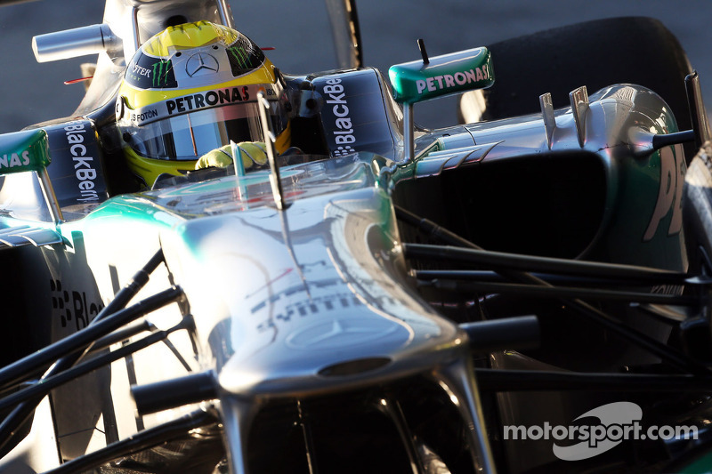 Mercedes and Rosberg end day 3 with progress at Jerez