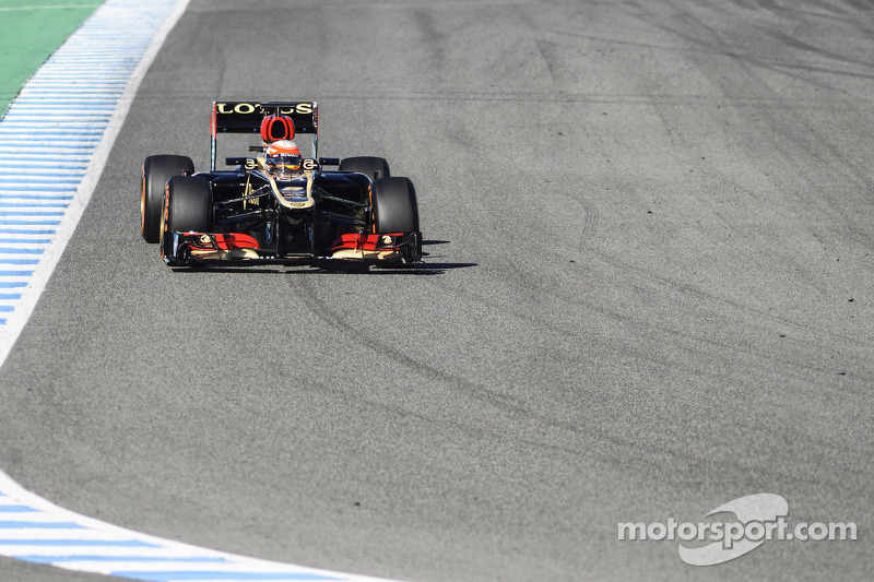 Lotus's drivers showed the speed of the E21 in Jerez test days