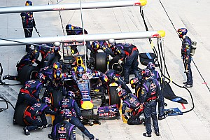 Formula 1 Breaking news Three teams beat old McLaren pitstop record