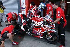 World Superbike Qualifying report Top ten for Checa and team Ducati Alstare in Superpole at Aragon