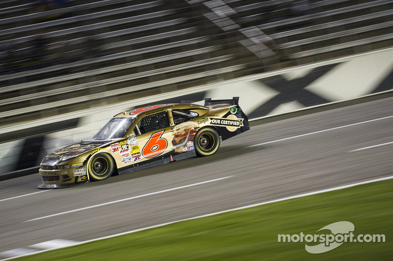 Bayne Finishes 26th at Texas after getting debris caught on grill and overheating
