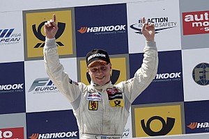 Felix Rosenqvist keeps cool to win again in Nuremberg