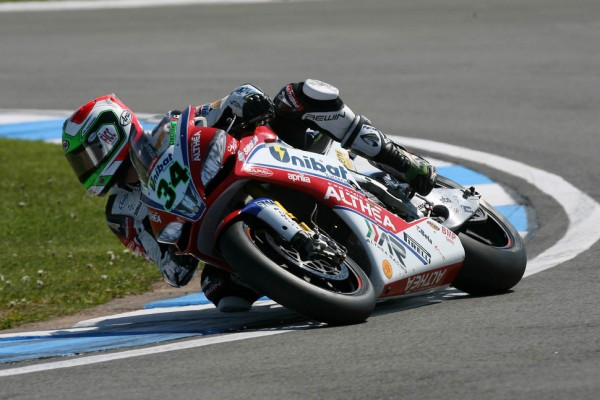 Giugliano gets maiden Superpole win as Sykes crashes out