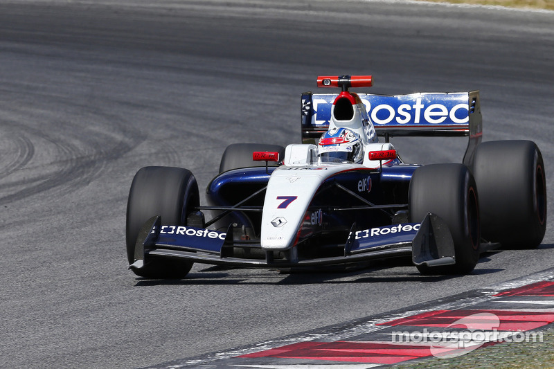 Pay-driver label 'completely wrong' - Sirotkin